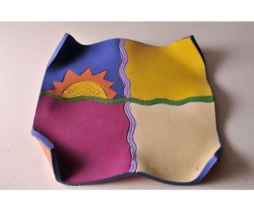 Plato decoración de colores