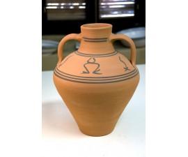 Jarrón artesanal tradicional con motivos